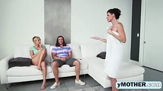 India Summer and Kate England having great threesome