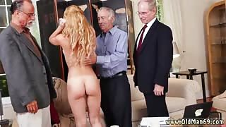 Bath orgy xxx Frannkie And The Gang Tag Team A Door To Door Saleswoman
