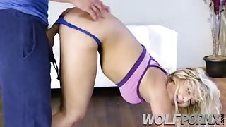 I go to yoga to see the ass grades and ended up fucking with my teacher Blair Williams