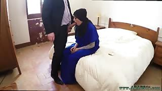 Two girl male teen 21 yr old refugee in my hotel room for sex