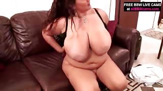 Chubby Brunette Chick Can't Cum Without That Sex Toy