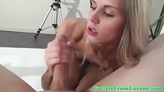 Facial loving blonde pampering dongwith her greedy mouth