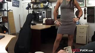 Sexy babe sells her Cello and pounded to earn extra money