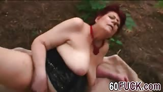 Chubby granny Tamara takes cock in pussy outdoors