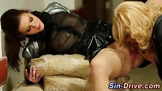 Glam hoe pissed on by sissy