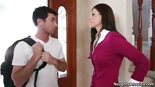 India Summer Tongues And Fucks Juicy Dong