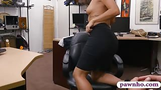 Perky tits babe railed by pawn keeper at the pawnshop