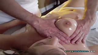 Hottie Giselle Palmer Has Oral Sex With Her Hung Masseur
