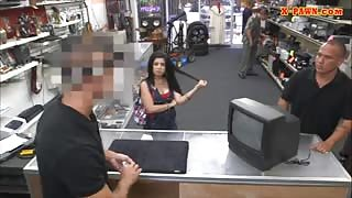 Cuban chick sells her TV and fucked hard at the pawnshop