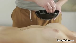 Hottie Polina D Gets Pussy Serviced By Masseur