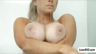 Huge hooters Katerina workout and fucked