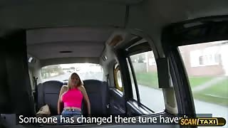 Damn hot blonde Sienna sucks and fucks in the taxi to get a free ride