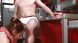 Kitchen bottom sex during cofee break