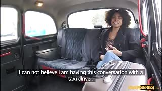 Brazilian beauty Luna Corazon sucks and fucks taxi drivers dick