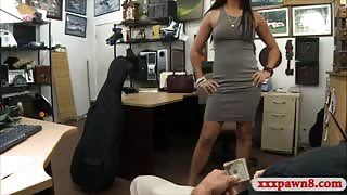 Sexy babe gets her pussy pounded by nasty pawn keeper