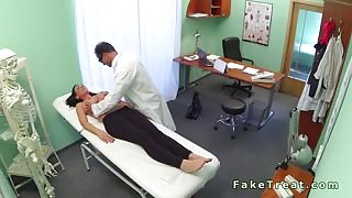 Sexy tattooed patient fucking her doctor