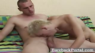 hunk young stud Eddie sucking a big one