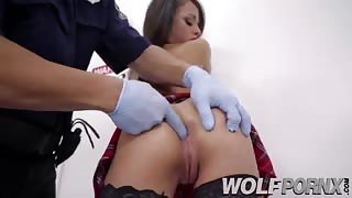 A brunette steals jewelry with her ass and the police fuck her
