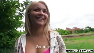 Amateur Czech slut Lana fucked in exchange for some money