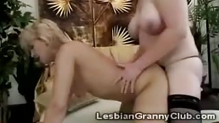 Filthy 60yo lady strapon fuck old lover in doggy style