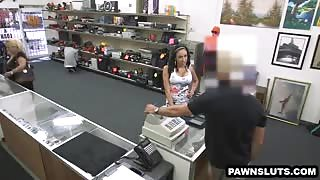 Busty Latina babe sells some phones to the pawn shop