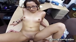 College Hoe Gets Her Pussy Drilled For Cash