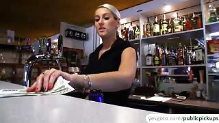 Blonde euro amateur gets laid and rewarded with cumshot in exchange of cash