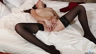 Perky tit cutie uses a high voltage toy to reach orgasm