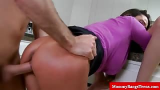 Milf stepmom licking stepdaughter box