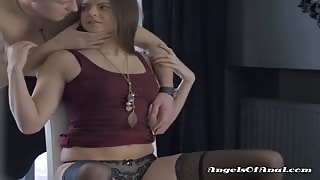 Pretty Teen Gets Her Cunt Fingered And Eaten