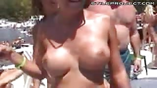 Titty Muscle Control