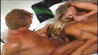 Bisexual foursome fucking