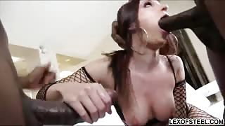 Jada Stevens gets stuffed by massive cocks and have double penetration