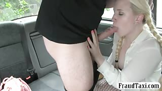 Blonde likes older man in the backseat of London taxi