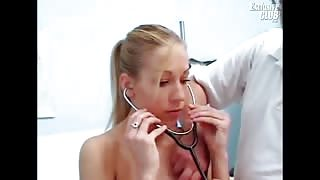 Pretty Lynn Wearing Ponytail In Vagina Inspection