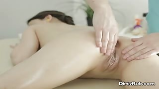 Young Slut Izi Gets Massage And Oral Sex