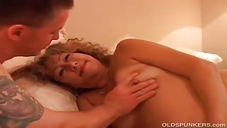 Sexy Wife   Performs Mindblowing Blowjob
