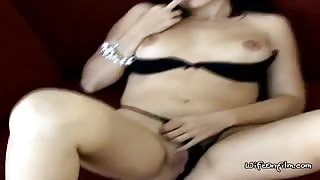 Fingering Her Wet Pussy To Get Rid Of Boredom
