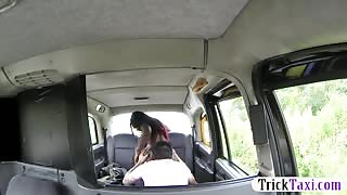 Big booty ebony passenger gets her pussy fucked in taxi