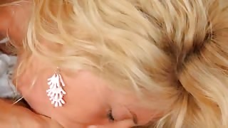 blondie girl with pierced clit fucking