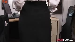 Cute card dealer twat banged by pawn man in the backroom