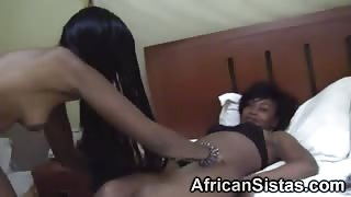 Two hot ebony dykes in an amazingly hot action