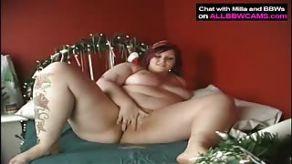 BBW Brunette Girl Pleasures Herself Using Favorite Toy