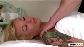Straight hunk masseur Wolf Hudson fucks his customer Aubrey Kate in the ass