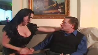 Busty Brunette Mom ongues & Hammers Thick Pole