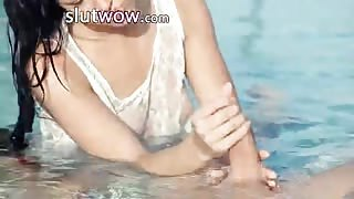 Incredible pool wow sexing with hot babe