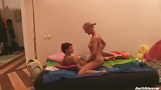Beautiful Lesbians Do Sexual Stuffs