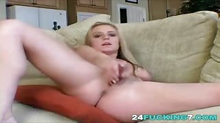 A dirty blonde amateur blonde babe uses her webcam to film amazing masturbation