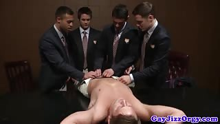 Orgy loving hunks shooting their loads