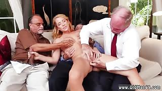 Big tits Frankie And The Gang Tag Team A Door To Door Saleswoman